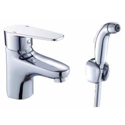 Смеситель 1 Orange Flipo M23-022cr для раковины с гигиеническим душем