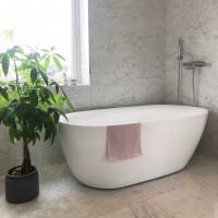 Отдельностоящая акриловая ванна Ceruttispa Como 1700x750x600